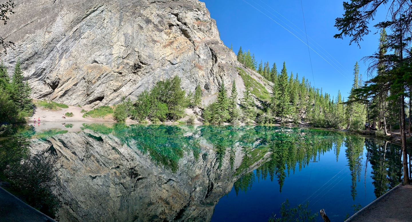 Grassi lake in Canmore.jpg
