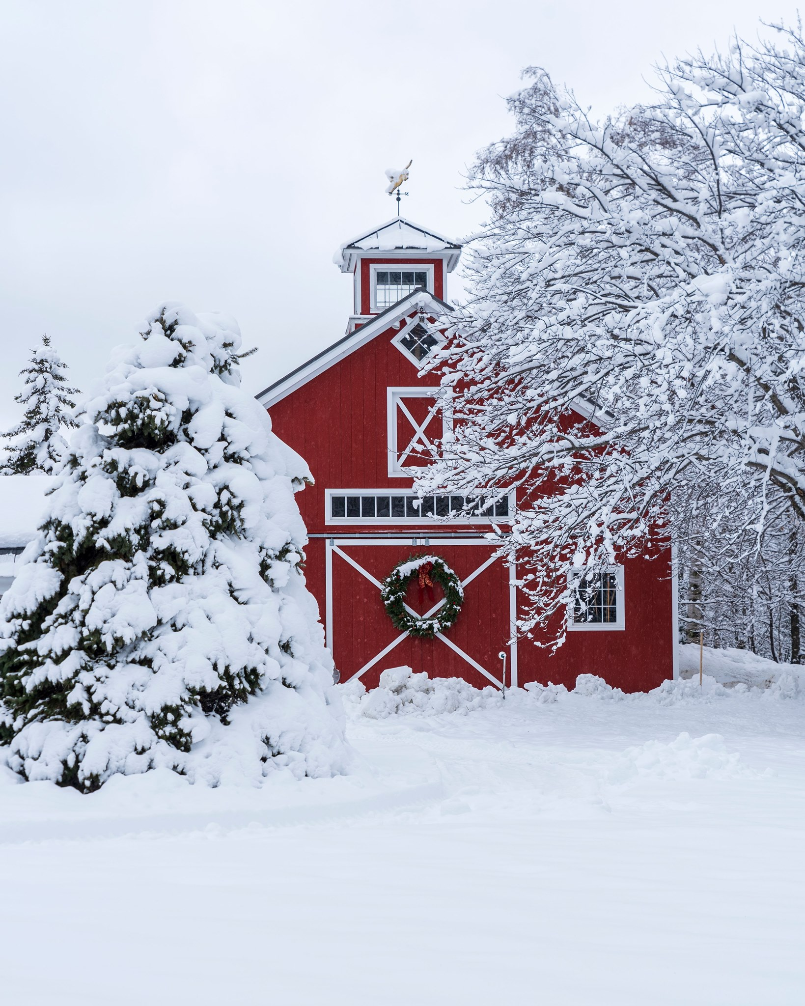 red house and barn vermont.jpg