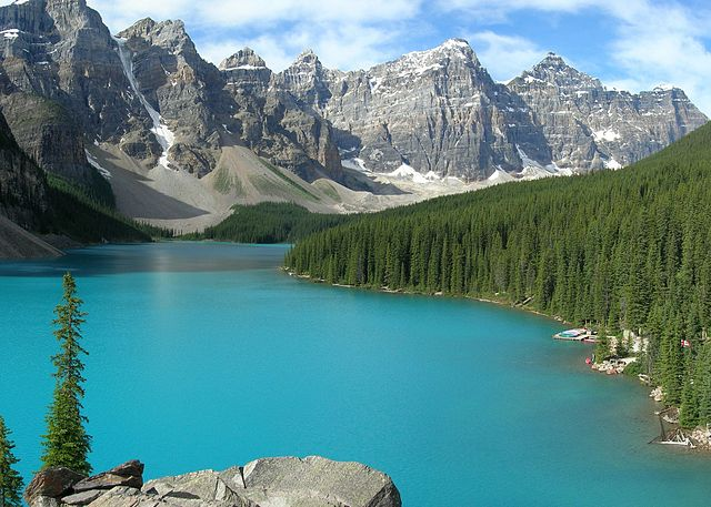 640px-Moraine_Lake-Banff_NP.jpg